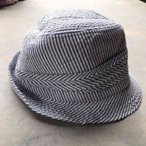 Accessories - Old Navy Hat